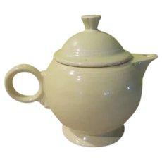 Buttery Yellow Fiesta Teapot - b279