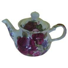Sadler Roses in Bloom Tea Pot - b271