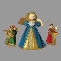 Large and Small Velvet Robe Angels - b282
