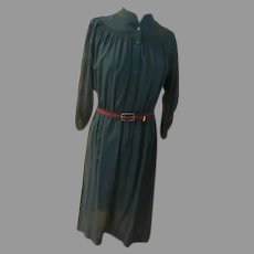Leslie Fay Green Smocked Shirtwaist Dress