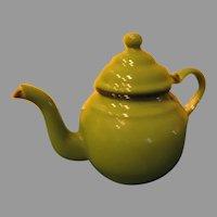 Round Belly Green Enamel Tea Pot - b285