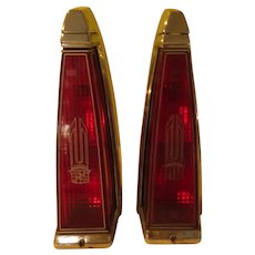 Cadillac Tail Lights 1977 DeVille/Fleetwood - b287