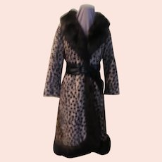 Great Pretender Faux Leopard Safari Sportowne La France Coat