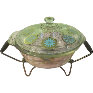 Mid-Century Glama Glass Pyrex Covered Casserole on Warming Stand - g