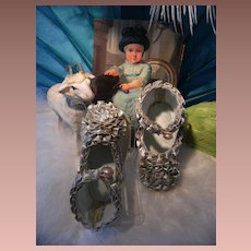 Beautiful BRU style old Doll shoes.
