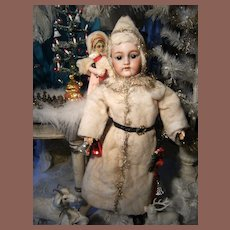 Beautiful Christmas doll  Porcelain SFBJ  !  Perfect condition, total original.