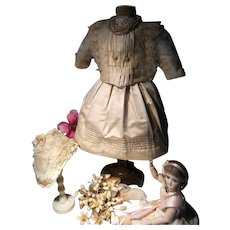 Such a beautiful antique French dress or costume for your antique doll..