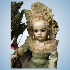 """Wow.... What a  Beautiful French BéBé dress and hat  for your antique doll, Jumeau Bru or Steiner. 34cm or 13,4 """""""