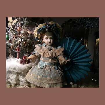 Beautiful  French BéBé  doll dress and a French hat, for a 52cm or 20,5 inch doll.
