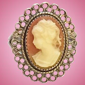 Beau Sterling Cameo Filigree Ring - Adjustable