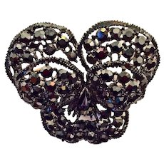 Weiss Pansy Flower Pin Brooch Black Rhinestones Black Japanned