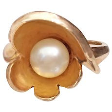 Vintage Pearl Ring 14K Yellow Gold MCM 6.3 Grams Sz 6-1/2 - Elegant!