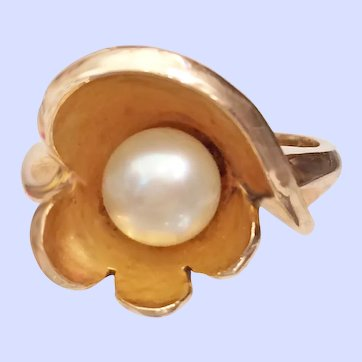 Vintage Pearl Ring 14K Yellow Gold MCM 6.3 Grams Sz 6-1/2 - Elegant!