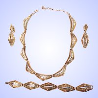 Trifari Modern Channel Set Baguette Rhinestone Gold Tone Necklace Set