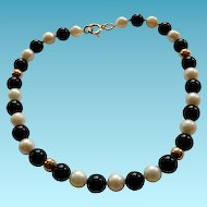 14K Onyx & Cultured Pearl Bead Bracelet