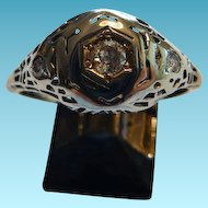 18K White Gold Art Deco Ring With Diamonds