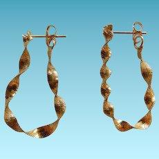 Vintage 14K YG Ribbon Hoop Earrings