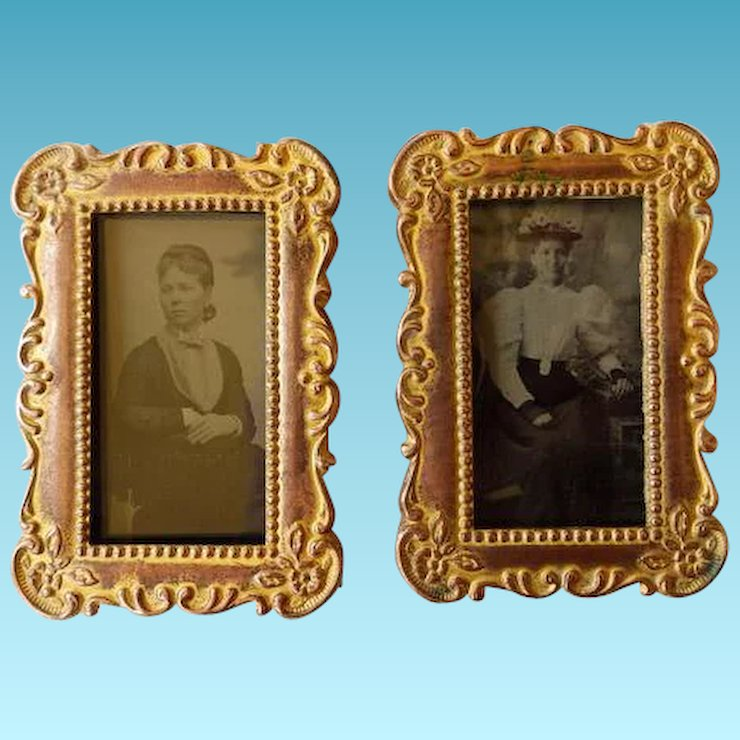 pair victorian small easel back frames with tintypes victoriental