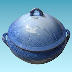Bing & Grondahl Covered Vegetable Tureen In The Seashell Pattern