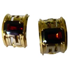 18K Yellow Gold Earrings With Garnets Huggie Style