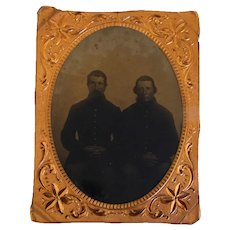 Two Civil War Soldiers 1/4 Plate Tintype Cased