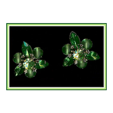 Vintage Emerald Green and Peridot Rhinestone and Satin Glass Earrings