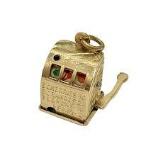 Mechanical Slot Machine Vintage Charm 14K Gold Three-Dimensional