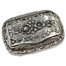 Small Repousse Floral Snuff Box Sterling Sliver