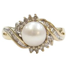 10k Gold Cultured Pearl and Diamond Ring