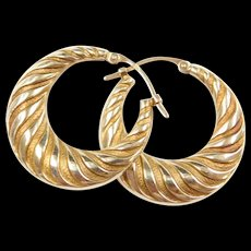 Vintage 14k gold Striped Design Hoop Earrings