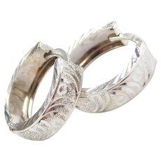 14k Gold Diamond Cut Huggie Hoop Earrings