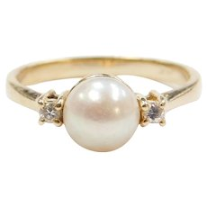 14k Gold Cultured Pearl and Diamond Ring