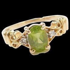 Vintage 14k Gold Peridot and Diamond Ring