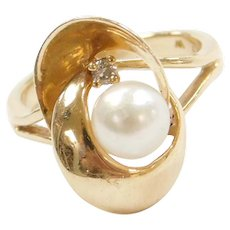 Vintage 14k Gold Diamond and Cultured Pearl Ring
