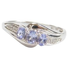 Vintage 10k White Gold Iolite and Diamond Ring