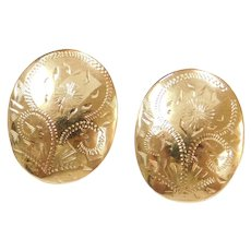 14k Gold Oval Floral Etched Stud Earrings