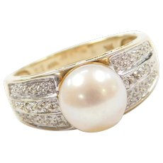 14k Gold Two-Tone Cultured Pearl and Diamond Ring