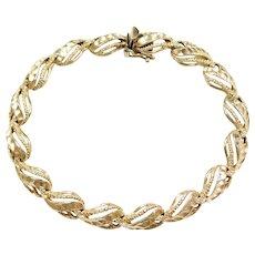 "7 1/8"" 14k Gold Diamond Cut Bracelet"