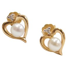 14k Gold Cultured Pearl and Diamond Heart Stud Earrings