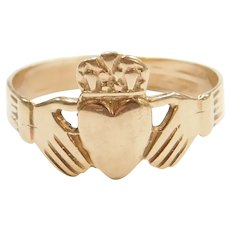 14k Gold Claddagh Ring ~ Love, Loyalty and Friendship