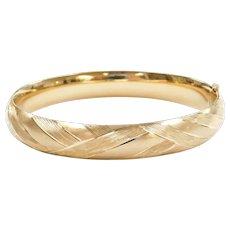 """7 1/2"""" 14k Gold HInged Bangle Bracelet"""
