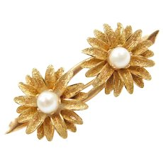 Vintage Cultured Pearl Flower Pin / Brooch 18k Gold