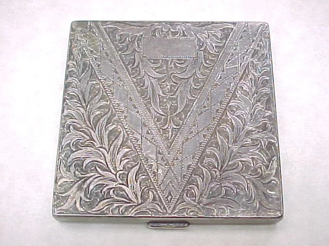 Hand Engraved 950 Sterling Silver Square Compact Arnold
