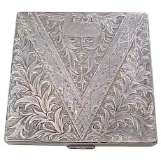 Hand Engraved 950 Sterling Silver Square Compact