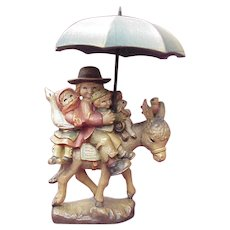 "ANRI / Ferrandiz ""Riding Thru The Rain"" 5 Inch Wood Carving"