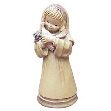 "ANRI / Ferrandiz ""Girl With Dove"" 6 Inch Figure Wood Carving"