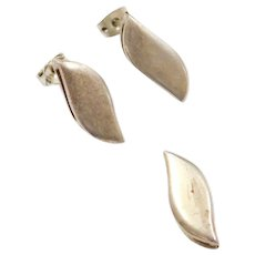 Sterling Silver Stud Earrings and Pendant Set