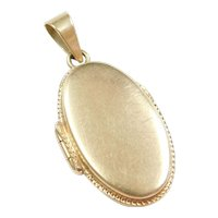 Vintage 14k Gold Elongated Oval Locket Pendant