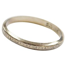 Art Deco 18k White Gold Etched Wedding Band Ring ~ 1931