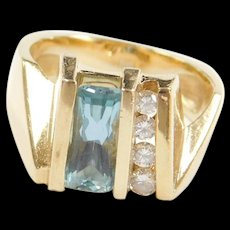 Vintage 14k Gold 1.53 ctw Natural Aquamarine and Diamond Ring